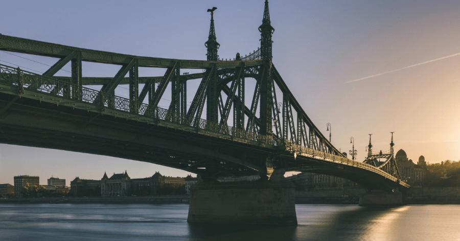 Budapest Bridge