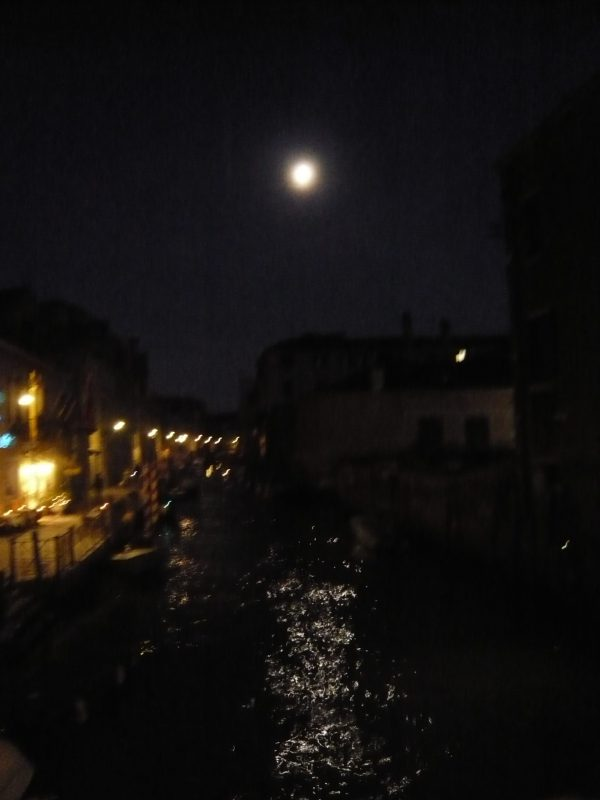 venise-by-night
