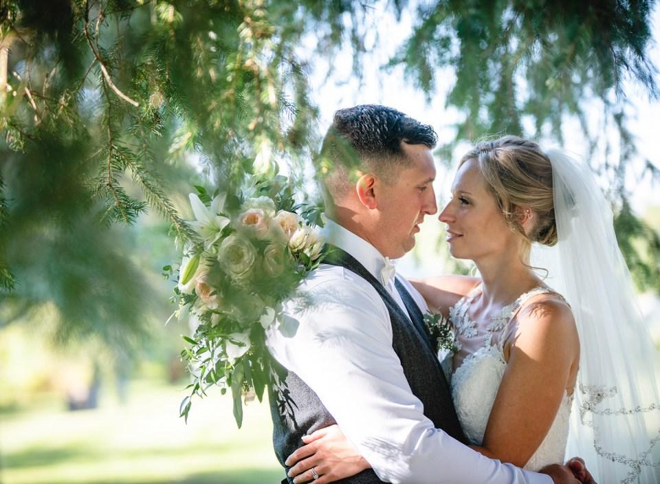 budget wedding photography couple