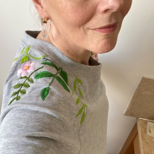floral-sweat-shirt-embroidery-emma-varnam