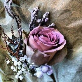 vintage_rose_buttonhole