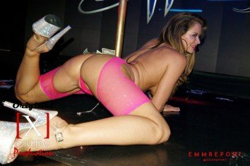 Emily Addison at Sapphire 39-08-22-19 photo by Ted @emmreport