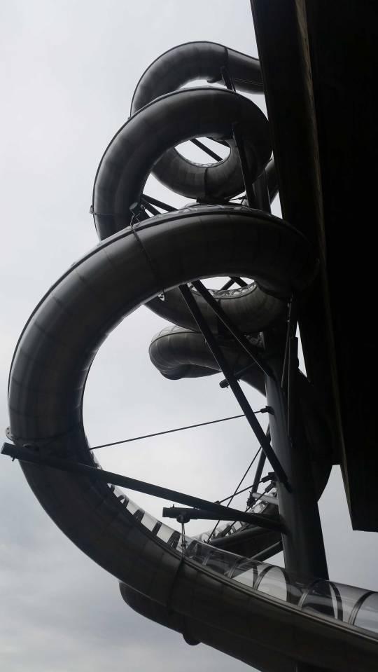 Holler slides