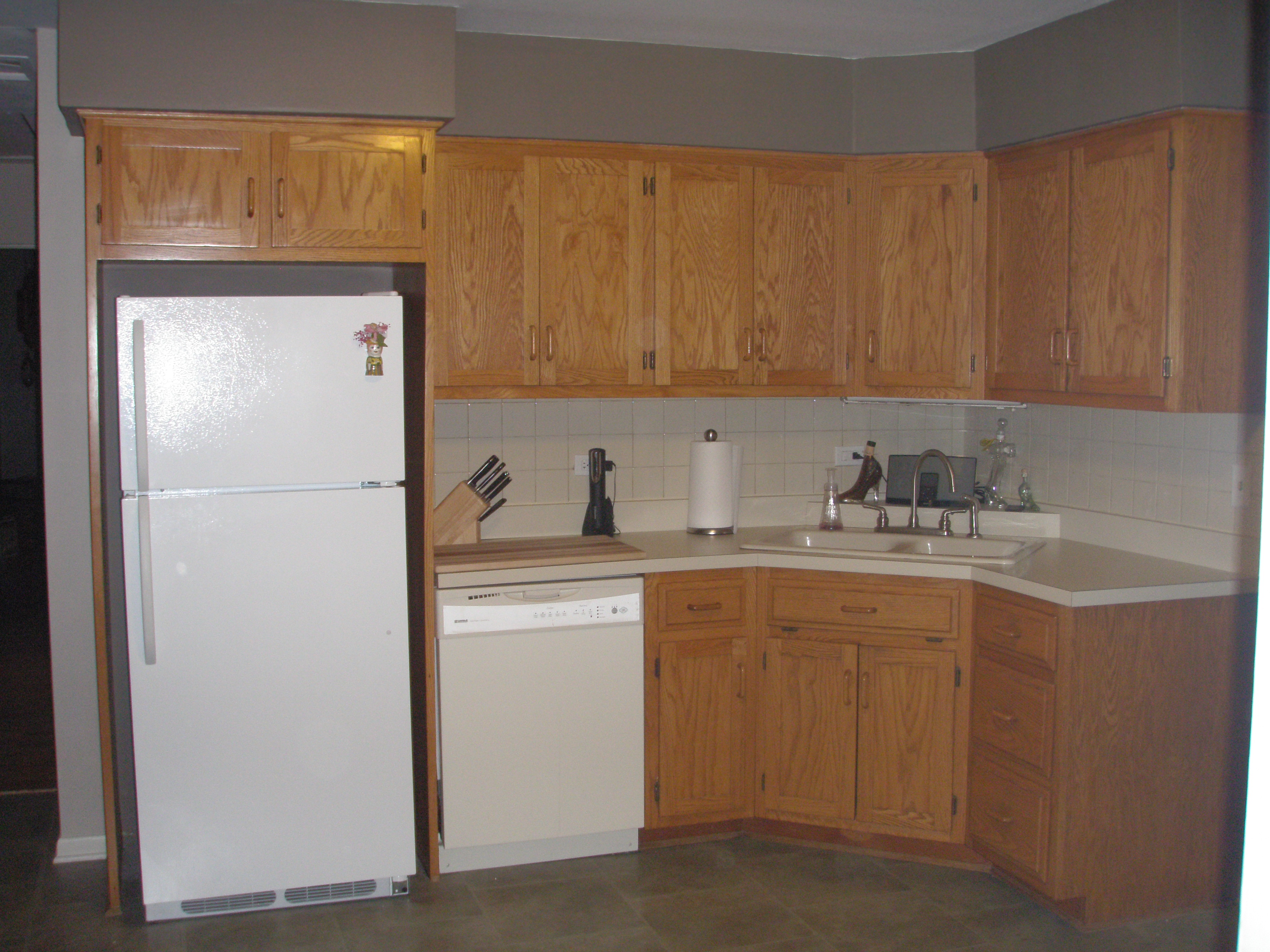 american woodmark kitchen cabinets commercial kitchens cabinet tracker