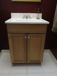 Guest Bathroom: Vanity Update  Emodel your home