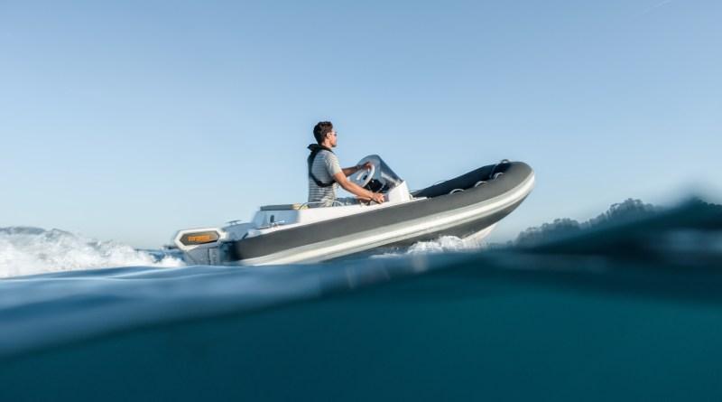 Torqeedo-cruise-Elektro Boots Motoren Bild - Schlauchboot mit Elektroantrieb