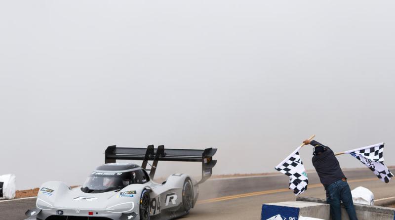 VW - Pikes Peak - Weltrekord mit E-Rennwagen- Elektro Auto - (426)