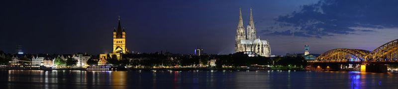 Kölner Rheinufer bei Nacht - Fahrverbote in Köln und Bonn