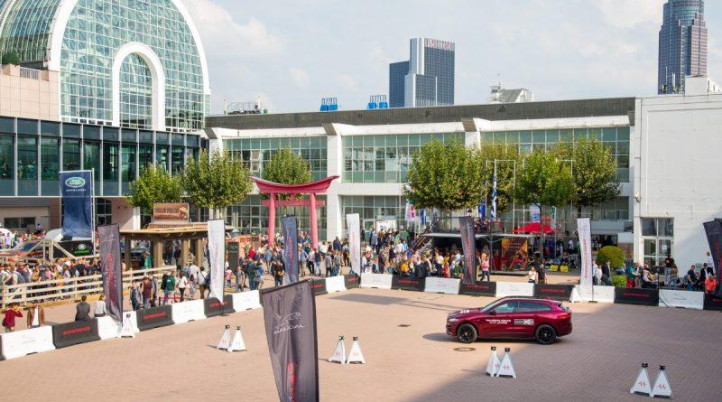 IAA Automobil Messe für PKW in Frankfurt, 1.000.000 Besucher, weltgrößter Auto Salon