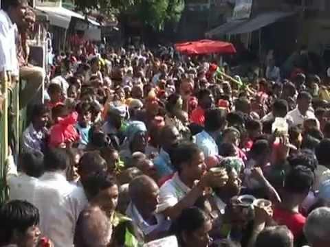 तौलेश्वरनाथ मन्दिरमा महाशिवरात्रीको अवसरमा भक्तजनको घुईचो