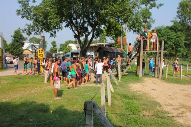 toursit in chitwan