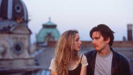 Julie Delpy (Céline) et Ethan Hawke (Jesse) dans Before Sunrise, réalisé par Richard Linklater (1995)