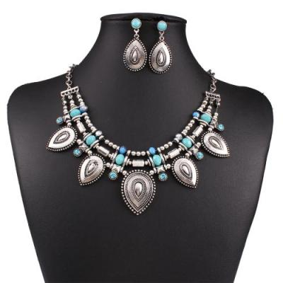 akhila-necklace-earring-set-in-silver-and-turquoise