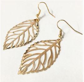 Leaf filigree earrings gold
