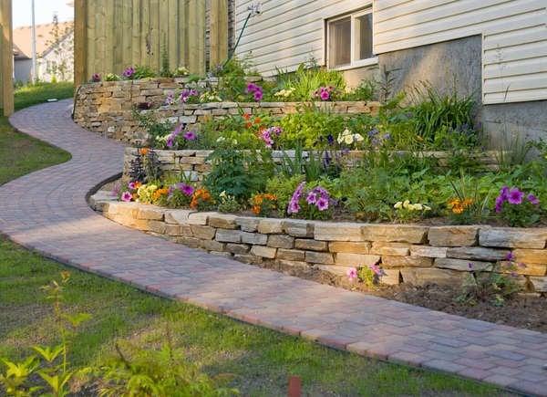 backyard slope landscaping ideas 10