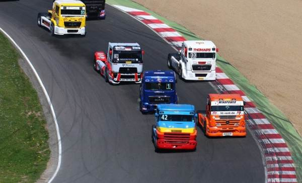 RV & Motorhome hire at the British Truck Racing Association Championship - image (c) Brands Hatch BTRA