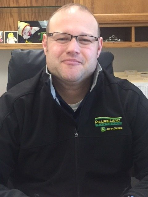 Nik Roth : PrairieLand Partners John Deere