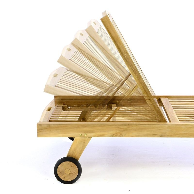 Lettino prendisole pieghevole in legno teak per giardino e terrazzo