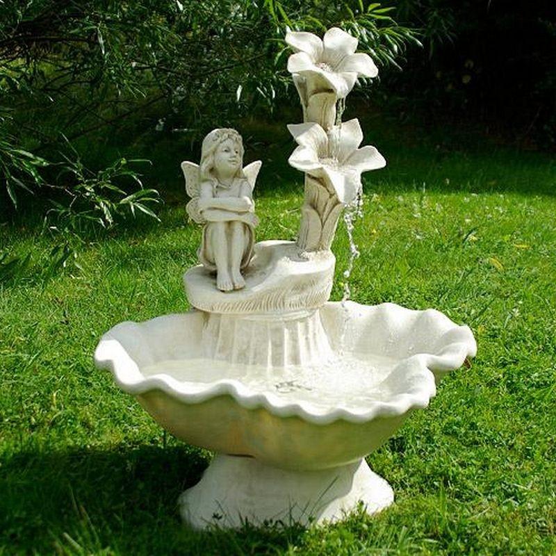 Fontana da giardino decorativa modello elfo inclusa pompa