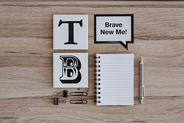 Dans cette première partie consacrée à 3 raisons d'ignorer le doute et de se faire confiance, j'aborde l'importance de s'appuyer sur ses acquis et talents pour avancer et se faire confiance face à un nouveau défi, job ou projet