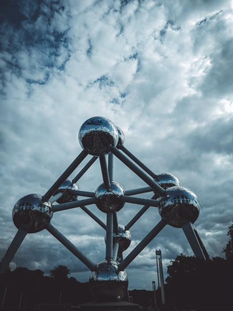 Bruxelles et sa diversité : vue sur l'atomium