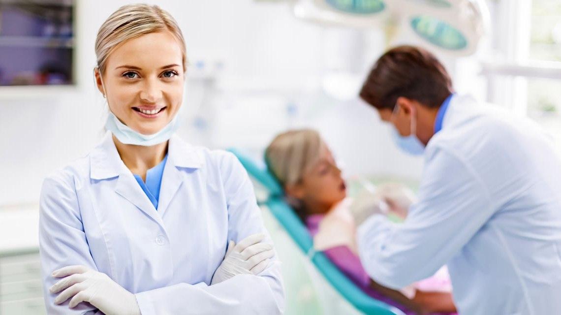 → Como o dentista pode ficar em evidência?
