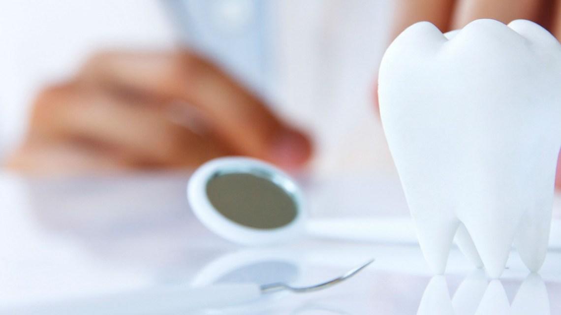 Quanto ganha um dentista