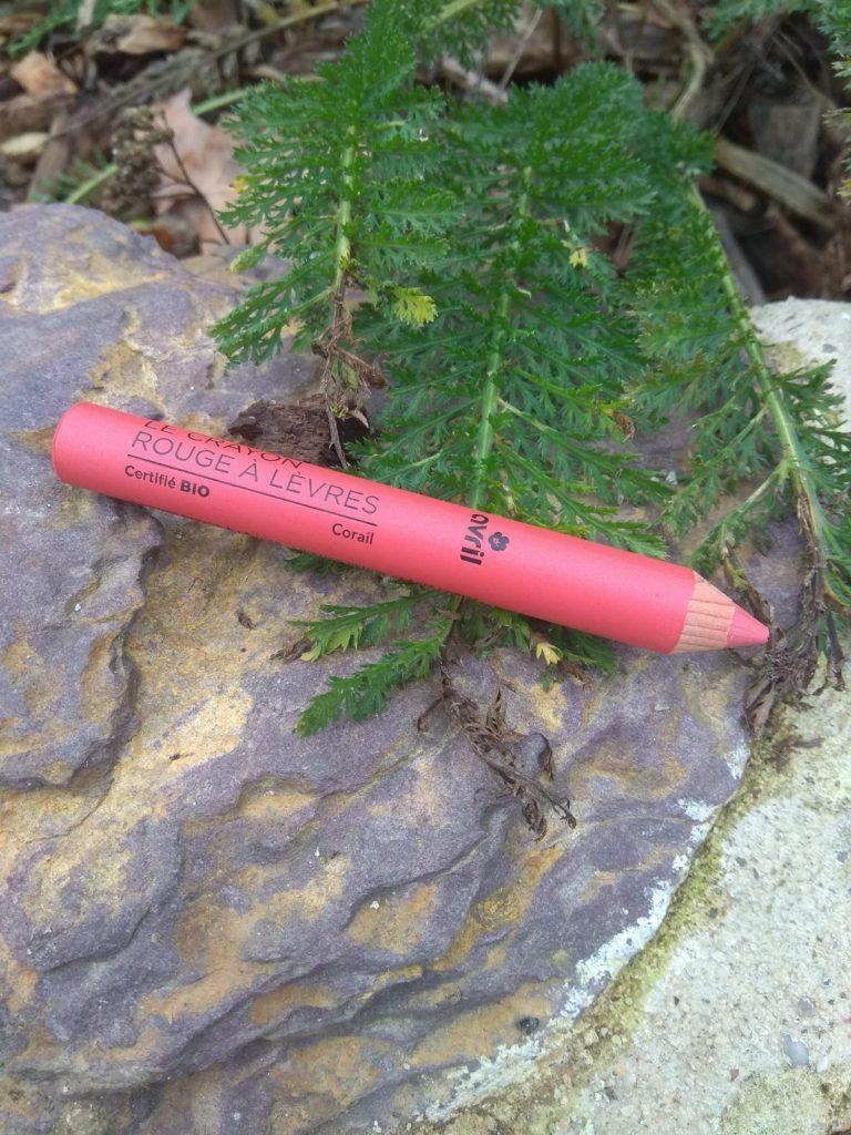 crayon rouge à lèvres Avril corail