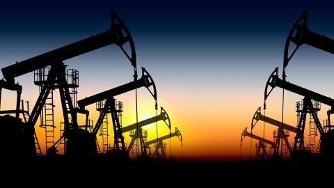 Are Major Oil Companies a Good Buy or a Major Risk?