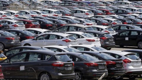 Are American Auto Sales About To Collapse?
