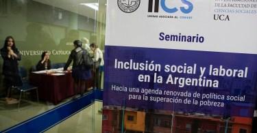 Fuente: http://uca.edu.ar/es/noticias/seminario-inclusion-social-y-laboral-en-la-argentina