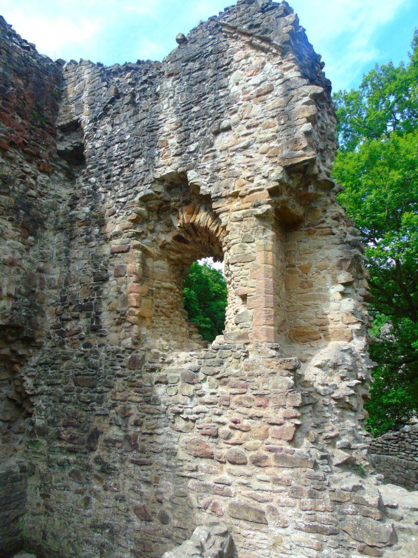 Middleham Castle, Yorkshire Dales, England 1 https://youtu.be/TUROU5HuVOs