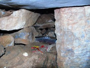 burial chamber, alter, stone alter, wales, sacrafice, mystery, neolithic, Bryn Celli Ddu