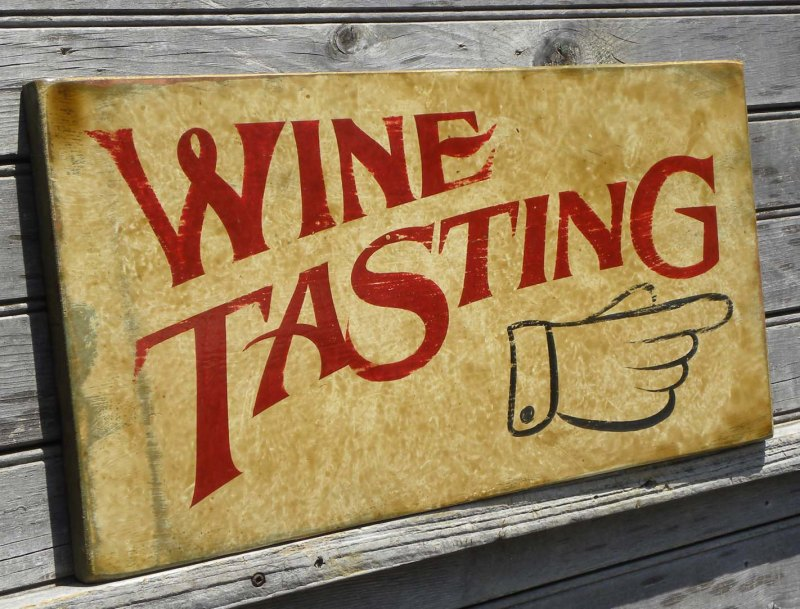 Texoma Wine Trail 1 Taste the diversity of wine What do you think of when you think of Texas? Most people will think of cowboys, cattle, and tumbleweeds. Yes, those are all fo