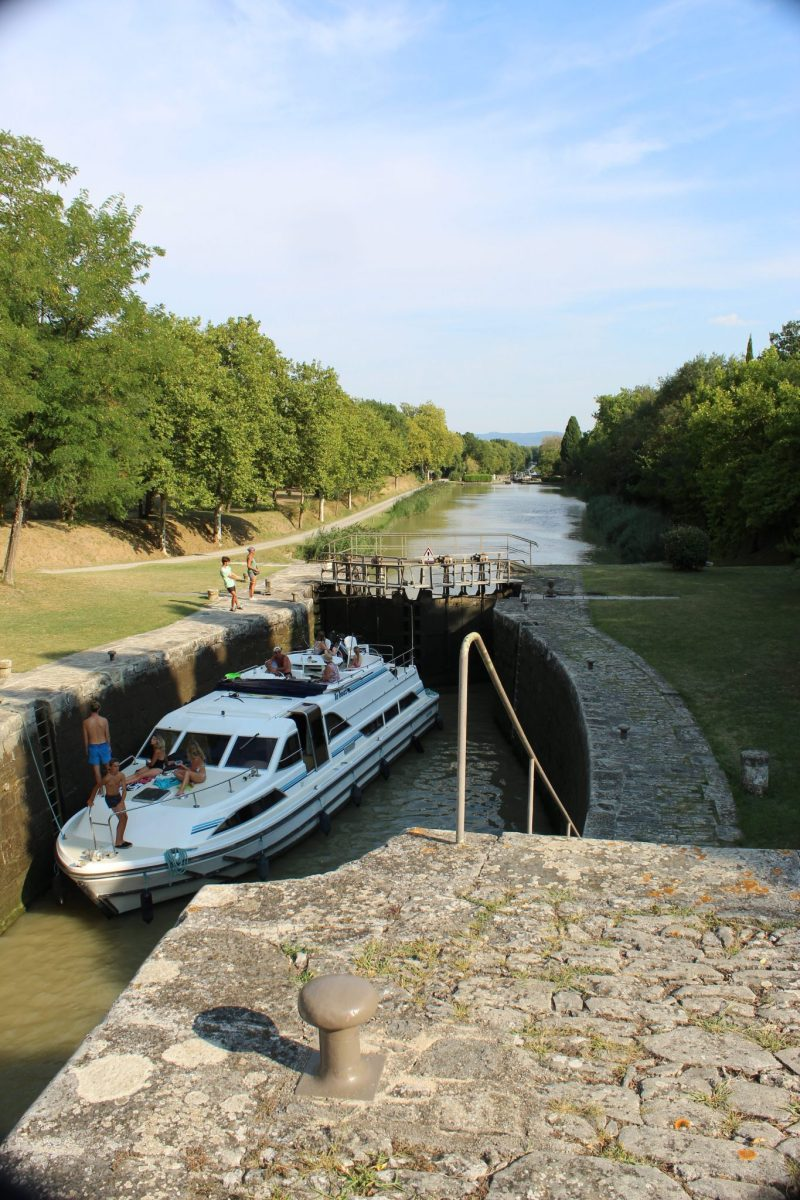 Canal du Midi Guide: A Must Read For Cruising 2   The Canal du Midi guide helps plan a bucket list vacation for empty nesters wanting to enjoy the French countryside, sipping wine and eating artisan