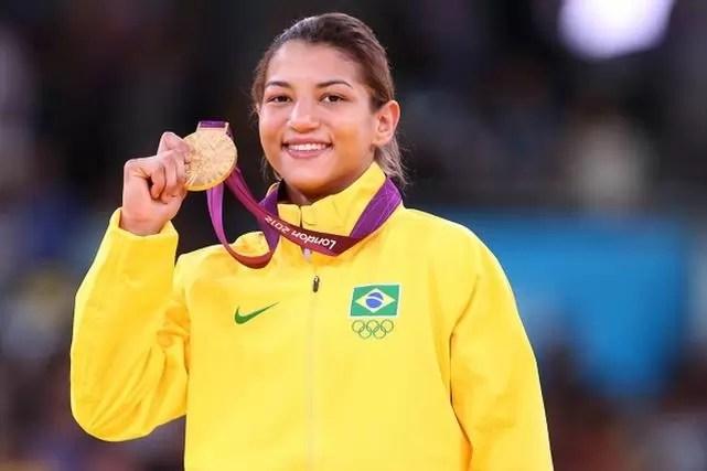 Sarah Menezes do Brasil medalhista de ouro durante cerimonia de premiação das competições de Judô na Arena ExCel nos Jogos Olímpicos de Londres em 28 de Julho de 2012 em Londres, Inglaterra. Foto: Alaor Filho/AGIF/COB