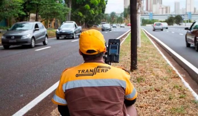Radares móveis nas avenidas de Ribeirão Preto
