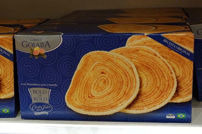 Tem até o famoso bolo de rolo pernambucano!