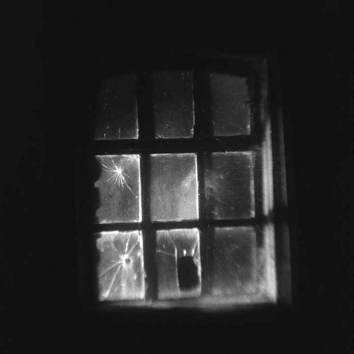 The window in the creepy shed - Kodak Brownie Hawkeye (flipped lens) - Kodak TMAX 400