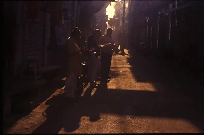 Morning on a street - Kodak Ektachrome E100VS