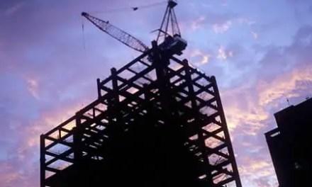Sunset: under construction – Fuji Velvia 100 RVP100 (120)