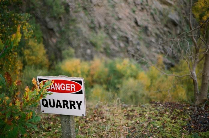 Gullett quarry - Leica 40mm Cron - Kodak Portra 400
