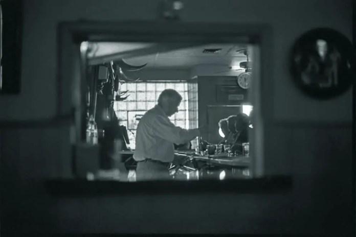 Woolgrowers Bar, Los Banos, California - Kodak Tri-X 400 (2009)