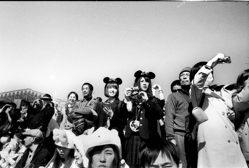 Cosplayers, Japan - Leica M6 / 28mm Elmarit / Ilford HP5+ / Ilford HC