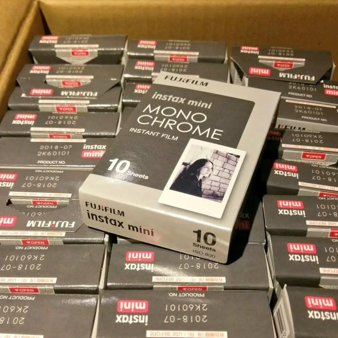 Instax Mini Monochrome - unboxed
