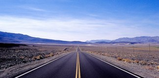 Death Valley Approach #02 - Kodak EKTACHROME 100VS (E100VS) shot at EI 100. Color reversal (slide) film in 35mm format.