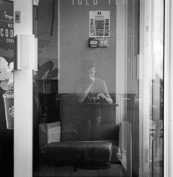 Self portrait with Leica, Ilford XP2 Super, Leica M6TTL, 2016