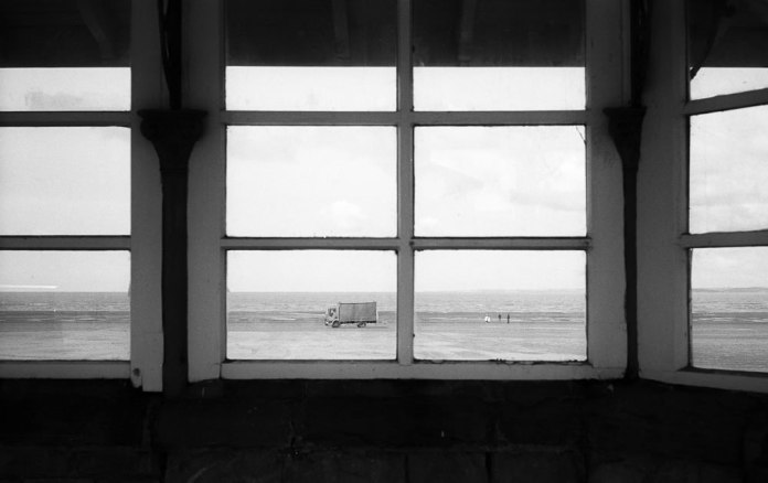 Lorry on the Sand, Adox Silvermax 100, Leica M6 TTL, 2016