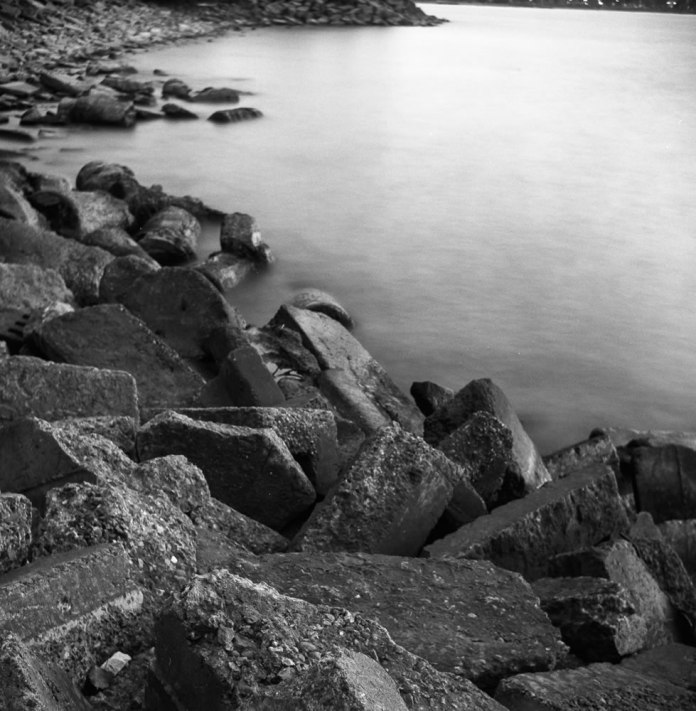 Long Exposure Test - ILFORD FP4+ - EI: 125 - Aperture: f/11 - Shutter: 24s