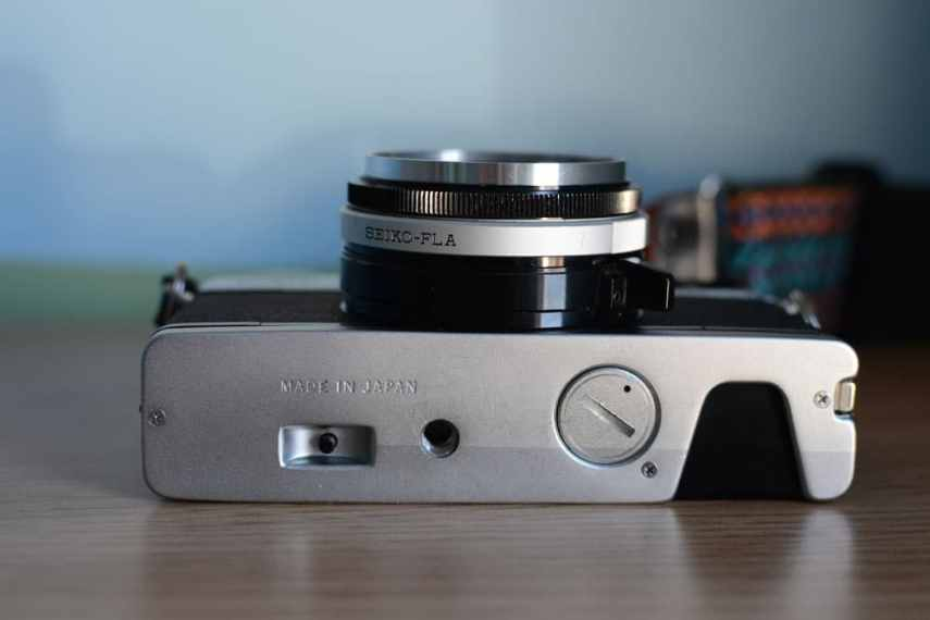 Olympus 35 SP - Bottom